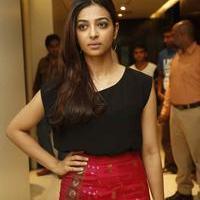 Radhika Apte at Manjhi Movie Press Meet Photos | Picture 1092929