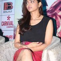 Radhika Apte at Manjhi Movie Press Meet Photos | Picture 1092937
