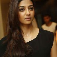 Radhika Apte at Manjhi Movie Press Meet Photos | Picture 1092938