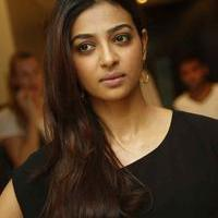 Radhika Apte at Manjhi Movie Press Meet Photos | Picture 1092940
