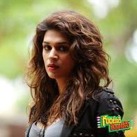Shraddha Das Hot in Guntur Talkies Movie Gallery | Picture 1093742