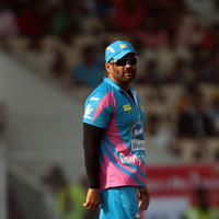 Sunil Shetty - CCL 5 Mumbai Heroes Vs Veer Marathi Match Stills