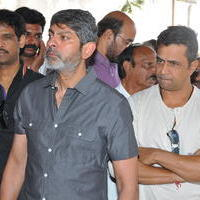Jagapathi Babu - Celebs Pays Condolences to VB Rajendra Prasad Photos | Picture 933937