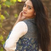 Nikitha Narayan at Ladies and Gentlemen Platinum Disc Function Photos   Picture 945185