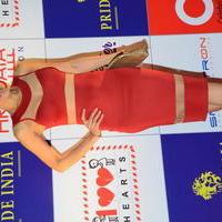 Mandira Bedi - Celebs at 100 Hearts Red Carpet by CCL Stills | Picture 951458