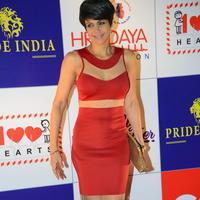 Mandira Bedi - Celebs at 100 Hearts Red Carpet by CCL Stills | Picture 951459
