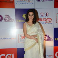Kriti Kharbanda at 100 Hearts Red Carpet by CCL Photos | Picture 951226