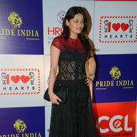 Sneha Ullal at 100 Hearts Red Carpet by CCL Photos | Picture 951116