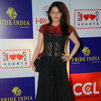 Sneha Ullal at 100 Hearts Red Carpet by CCL Photos | Picture 951118