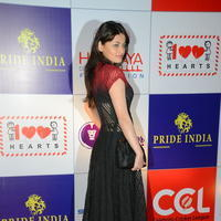 Sneha Ullal at 100 Hearts Red Carpet by CCL Photos | Picture 951130