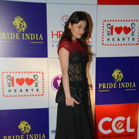 Sneha Ullal at 100 Hearts Red Carpet by CCL Photos | Picture 951131