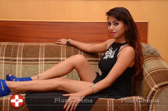 Tanya Desai New Stills   Picture 1058221