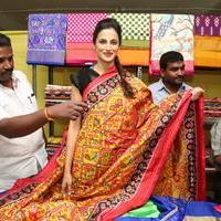 Shilpa Reddy at Pochampally IKAT Art Mela Photos | Picture 1079116