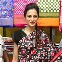 Shilpa Reddy at Pochampally IKAT Art Mela Photos | Picture 1079117