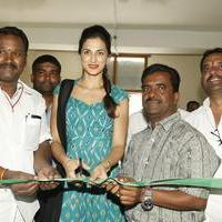 Shilpa Reddy at Pochampally IKAT Art Mela Photos | Picture 1079122