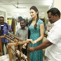 Shilpa Reddy at Pochampally IKAT Art Mela Photos | Picture 1079123