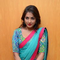 Madhu Shalini in Saree Photos   Picture 1082372