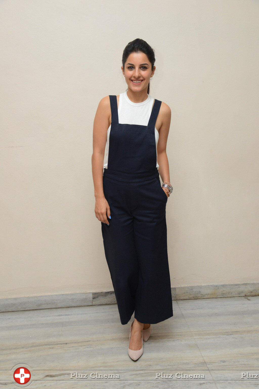 Isha Talwar New Photos | Picture 1341352