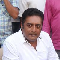 Prakash Raj - Prakash Raj Launches Veg Mantra at Chitrapuri Colony Stills