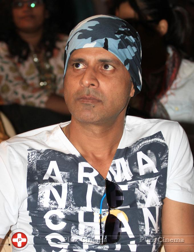 Manoj Bajpai - The Times of India Literary Carnival 2013 Day 1 Photos | Picture 664130