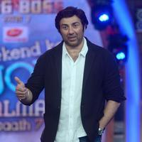 Sunny Deol - Sunny Deol promotes his film Singh Sahab The Great on the sets of Big Boss With Salman Khan Photos