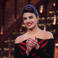 Priyanka Chopra - Gunday film Promotion on Comedy Nights with Kapil Photos
