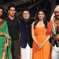Promotion of film Hasi Toh Phasi on the set of Nach Baliye 6 Photos