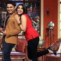 Parineeti & Sidharth Promotes Hasee Toh Phasee on sets of Comedy Nights with Kapil Photos