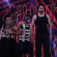 Jackky Bhagnani - Jackky Bhagnani promotes his film Youngistaan on the sets of Boogie Woogie Photos