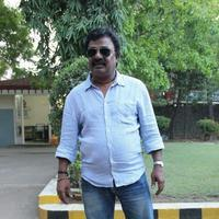 V. T. V. Ganesh - Vallavanukku Pullum Aayudham Movie Success Meet Photos
