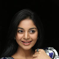 Sanam Shetty Cute Photos